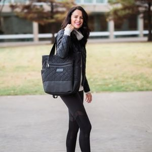 Lolë quilted 'Lily' workout black bag